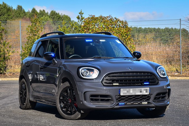 Unmarked Mini Countryman JCW