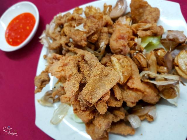 restoran makanan laut pertama yuen fried chicken