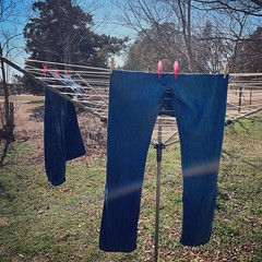 Very nice day to do some laundry. Happy to be able to use our clothes line again. ud83dude0aud83cudf1e