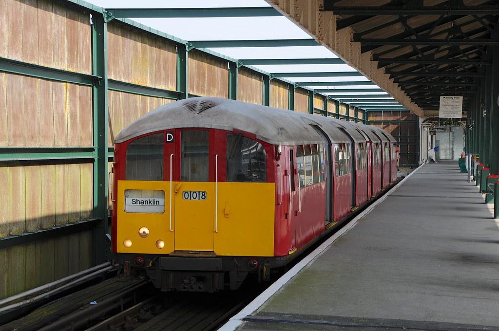 483 008 (228) - Ryde Pier Head, Isle Of Wight