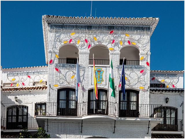 011- FACHADA DEL AYUNTAMIENTO DE NERJA (Málaga)