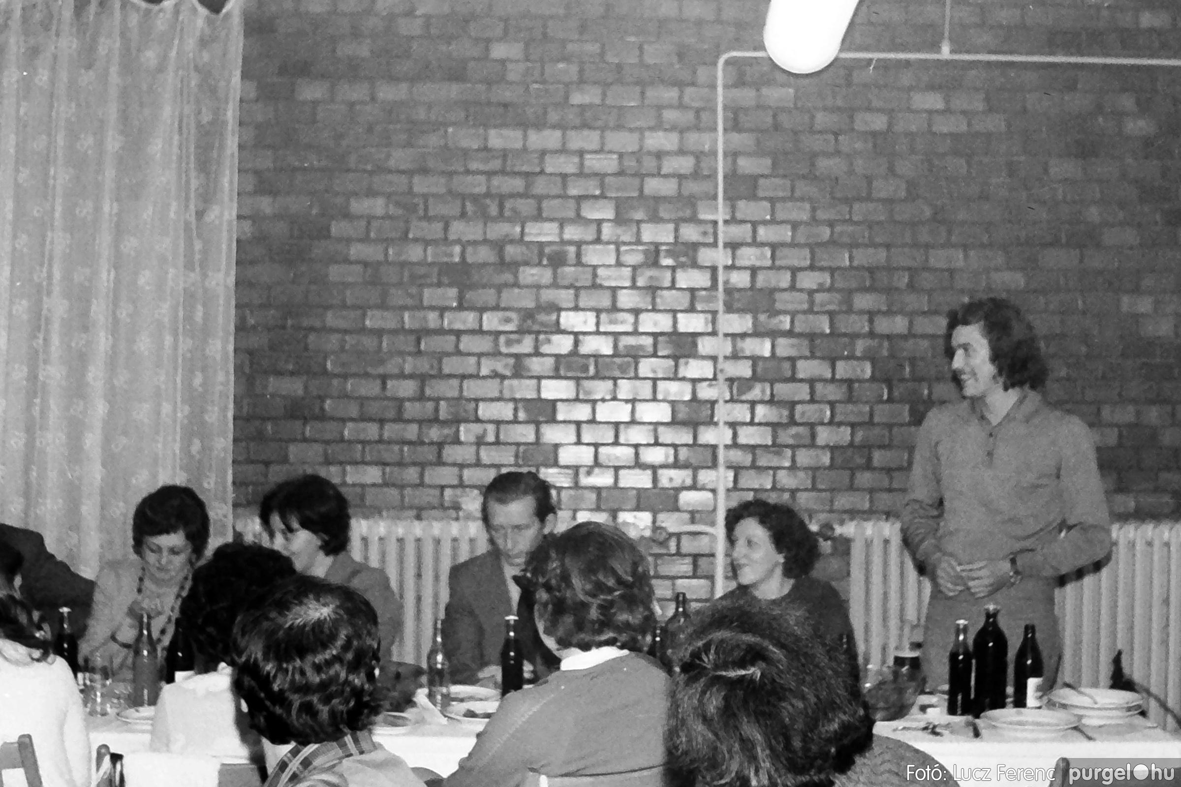 066-067. 1976. A Herkulesfürdői emlék című film ősbemutatója Szegváron 037. - Fotó: Lucz Ferenc.jpg