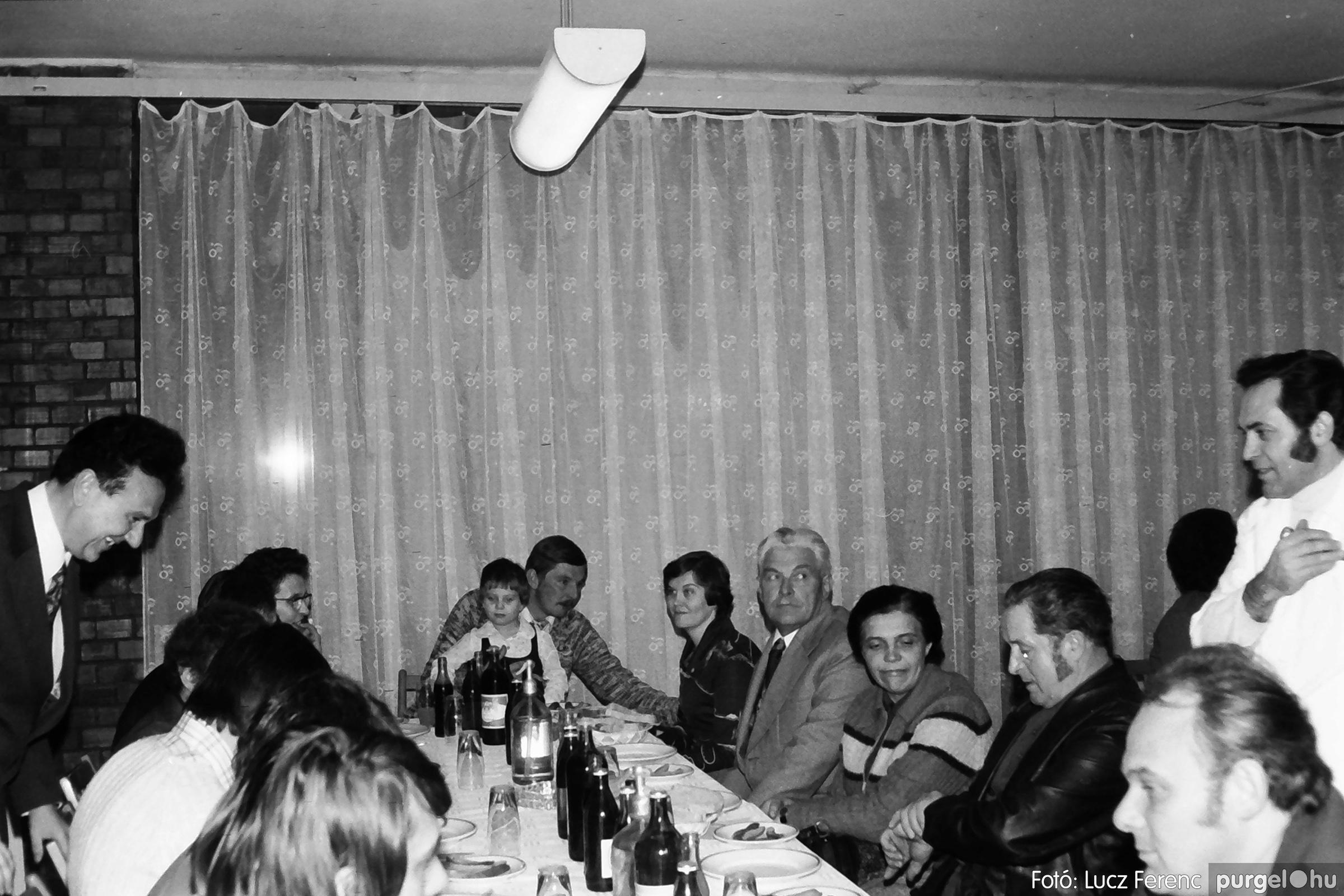 066-067. 1976. A Herkulesfürdői emlék című film ősbemutatója Szegváron 031. - Fotó: Lucz Ferenc.jpg