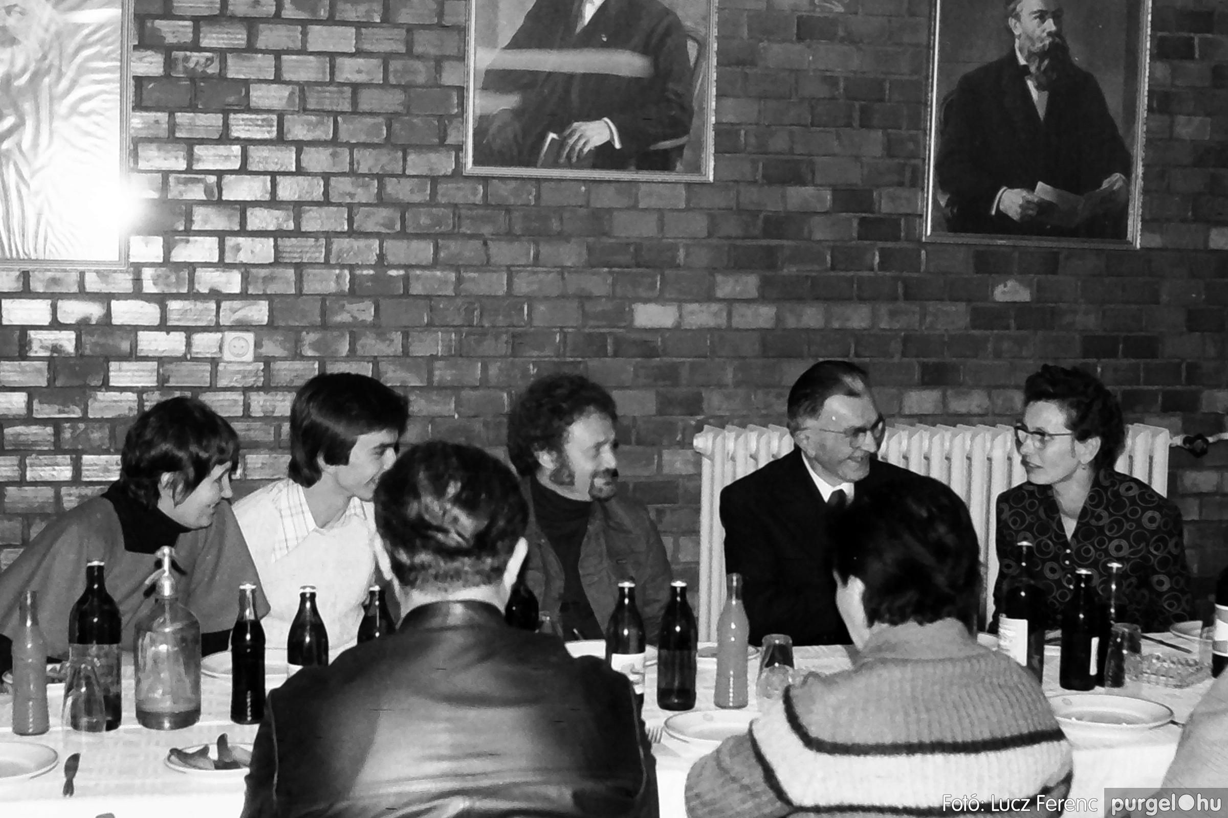066-067. 1976. A Herkulesfürdői emlék című film ősbemutatója Szegváron 029. - Fotó: Lucz Ferenc.jpg
