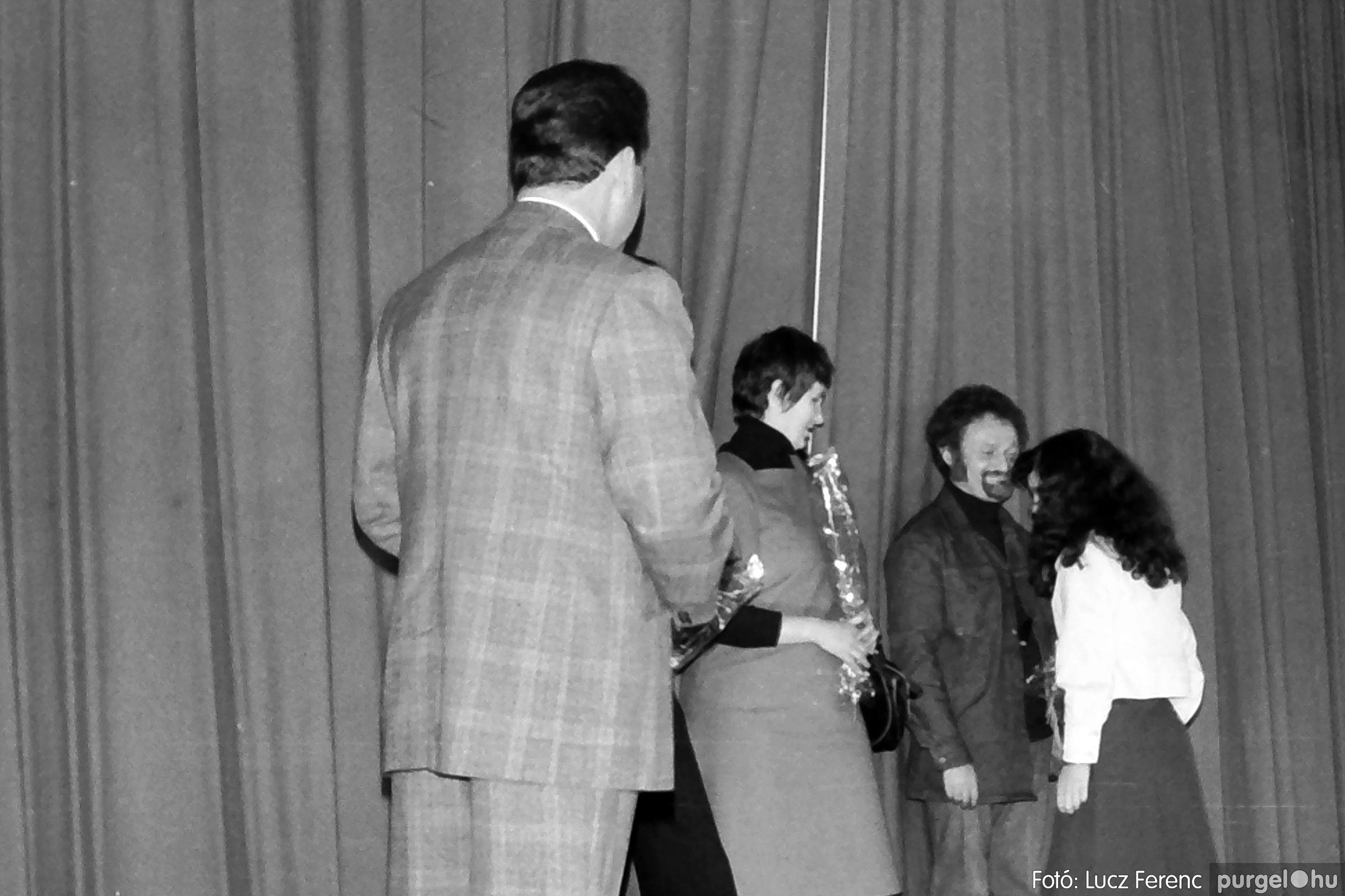 066-067. 1976. A Herkulesfürdői emlék című film ősbemutatója Szegváron 012. - Fotó: Lucz Ferenc.jpg