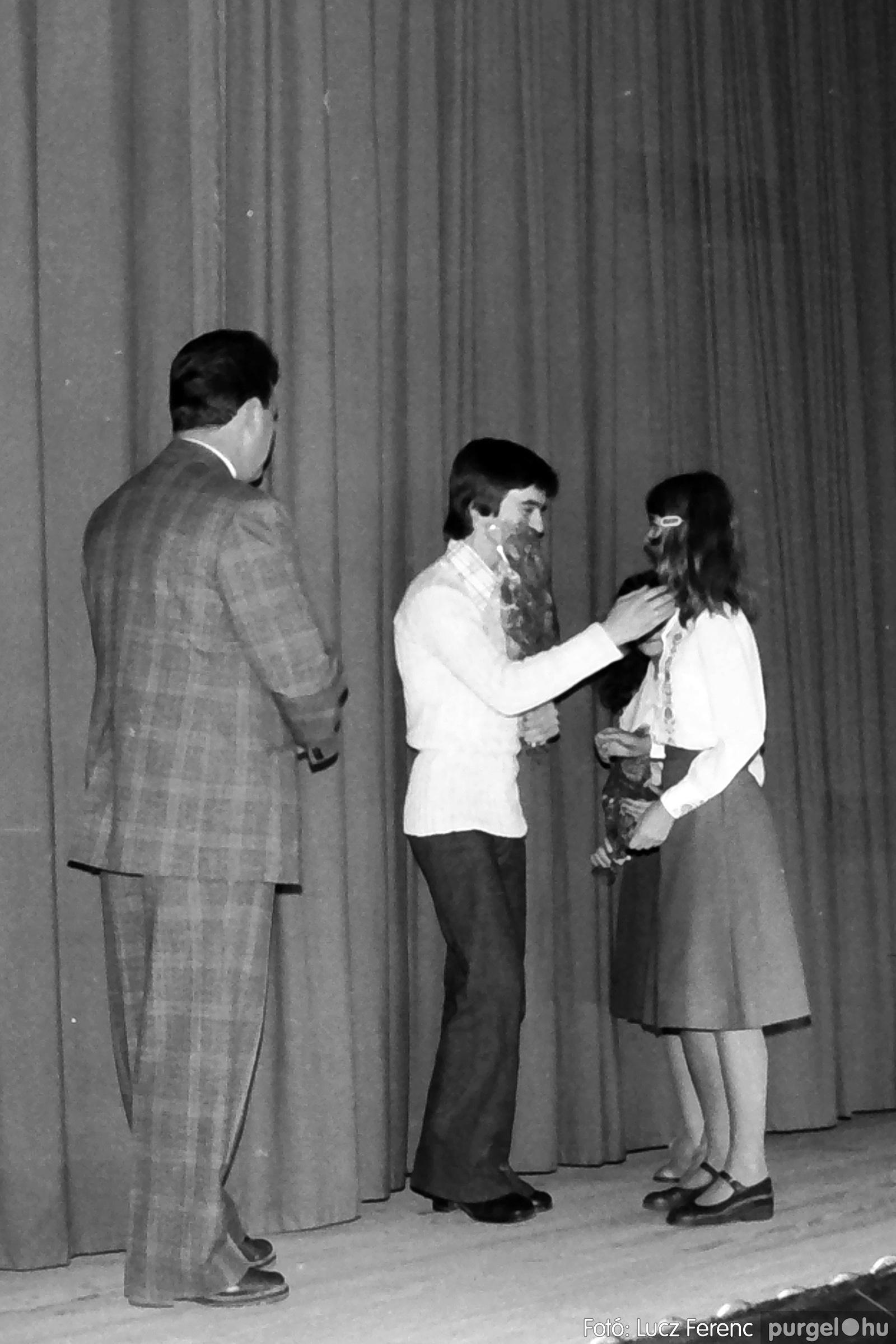 066-067. 1976. A Herkulesfürdői emlék című film ősbemutatója Szegváron 007. - Fotó: Lucz Ferenc.jpg