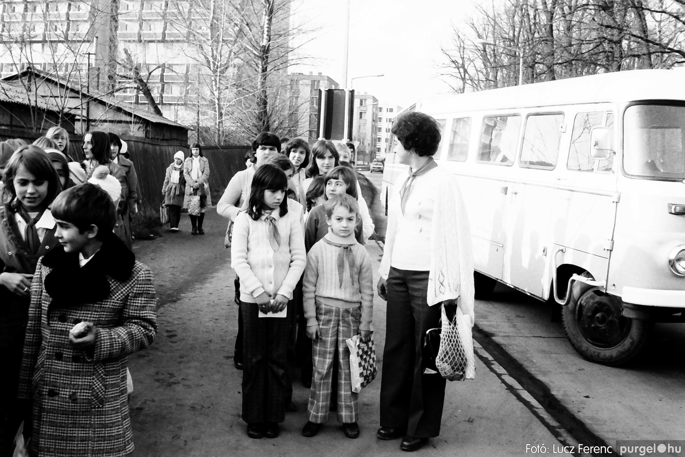 067-068. 1976. Úttörőkarácsony Szegeden 003. - Fotó: Lucz Ferenc.jpg
