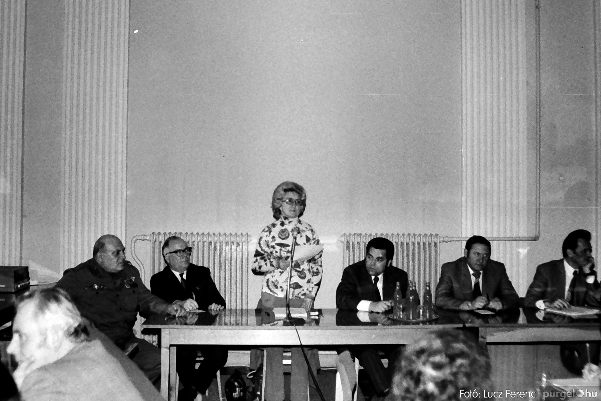 072. 1977. ÁFÉSZ küldöttgyűlés a szentesi megyeházban 007. - Fotó: Lucz Ferenc.jpg