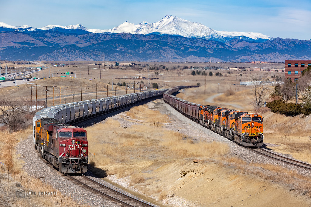 Heavy Unit Trains Meet