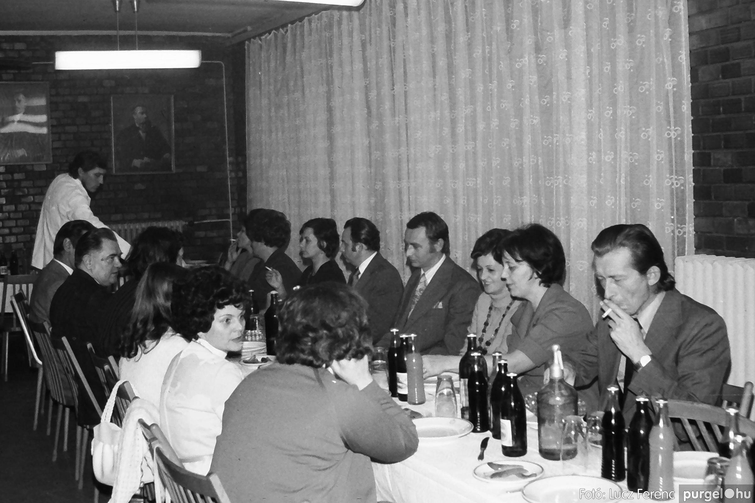 066-067. 1976. A Herkulesfürdői emlék című film ősbemutatója Szegváron 027. - Fotó: Lucz Ferenc.jpg