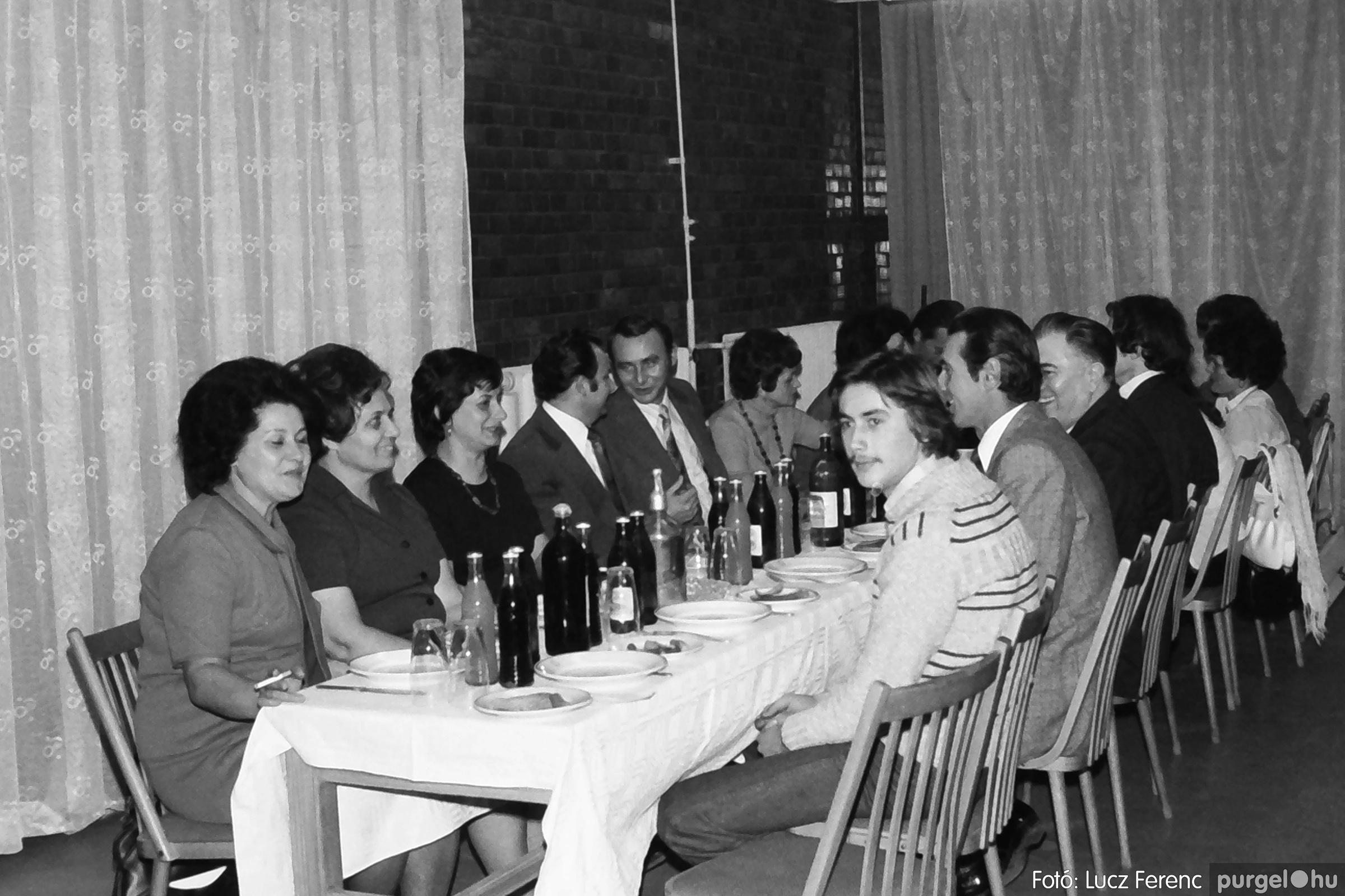 066-067. 1976. A Herkulesfürdői emlék című film ősbemutatója Szegváron 025. - Fotó: Lucz Ferenc.jpg