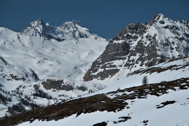 L'alpage de Biaune. Premier printemps.