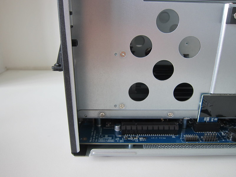 DS1621+ - PCIe Slot