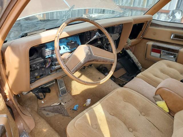1979 Oldsmobile 98 Regency interior