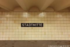 Europa, Deutschland, Berlin, Mitte, U-Bahnhof Stadtmitte, U-Bahn-Linie U2