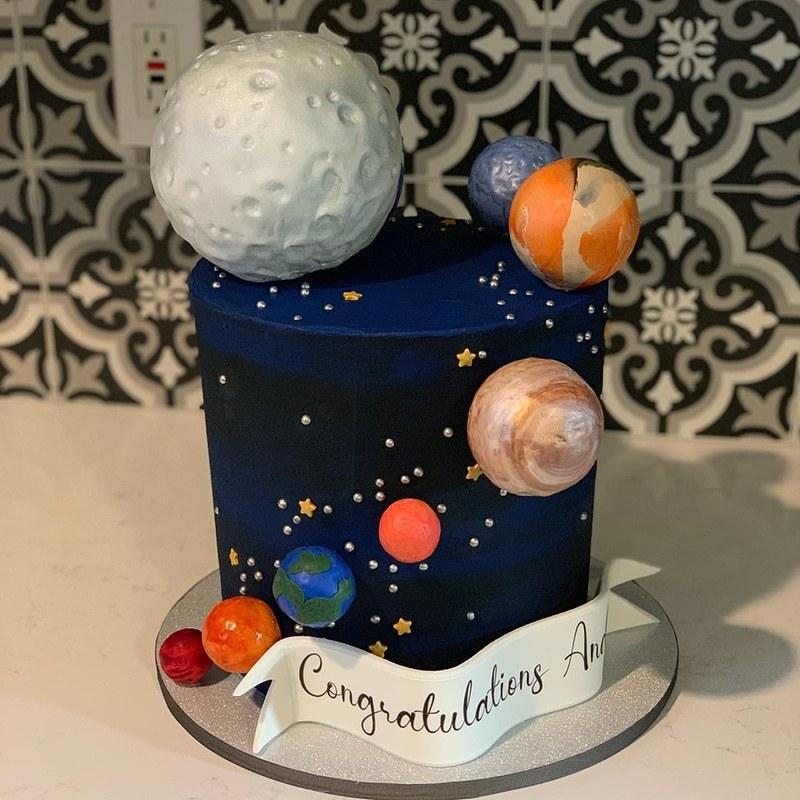 Cake by Sweet TAZ Cupcakery
