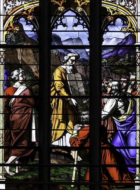 Moses gives the Decalogue