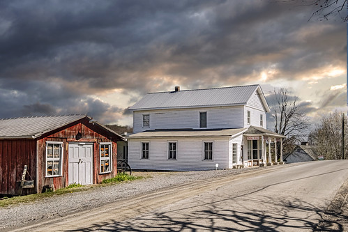 store countrystore generalstore wv monroecounty summerscounty marie bobbell fujifilm xt1 landscape clouds evening sunset