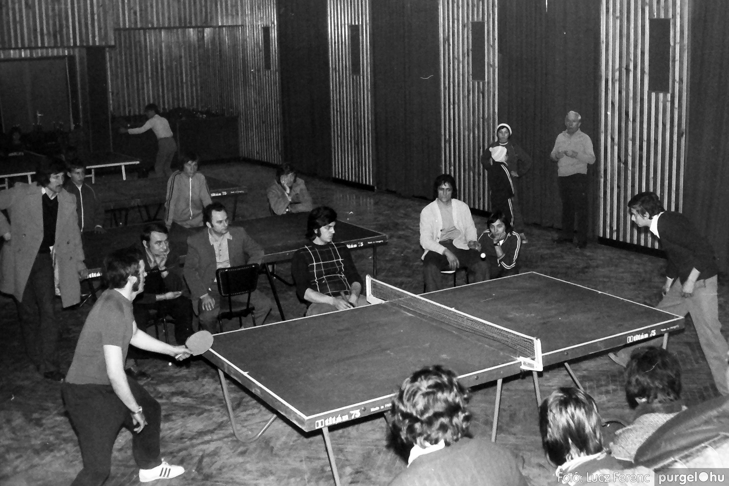 073. 1977. Asztaltenisz verseny 016. - Fotó: Lucz Ferenc.jpg