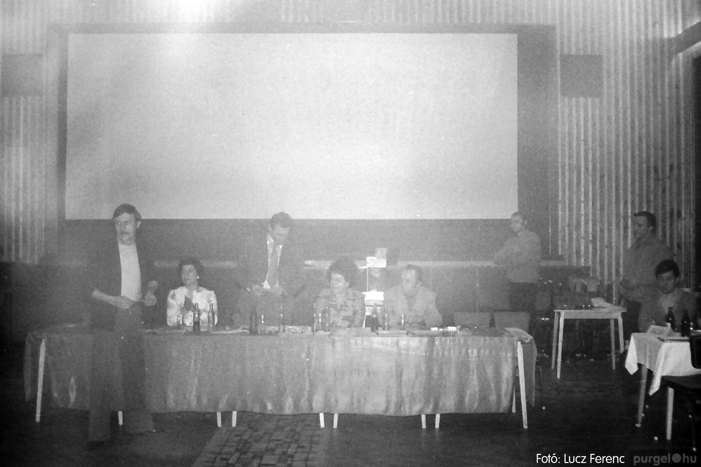 074. 1977. KTSZ-es dolgozók vetélkedője 015. - Fotó: Lucz Ferenc.jpg