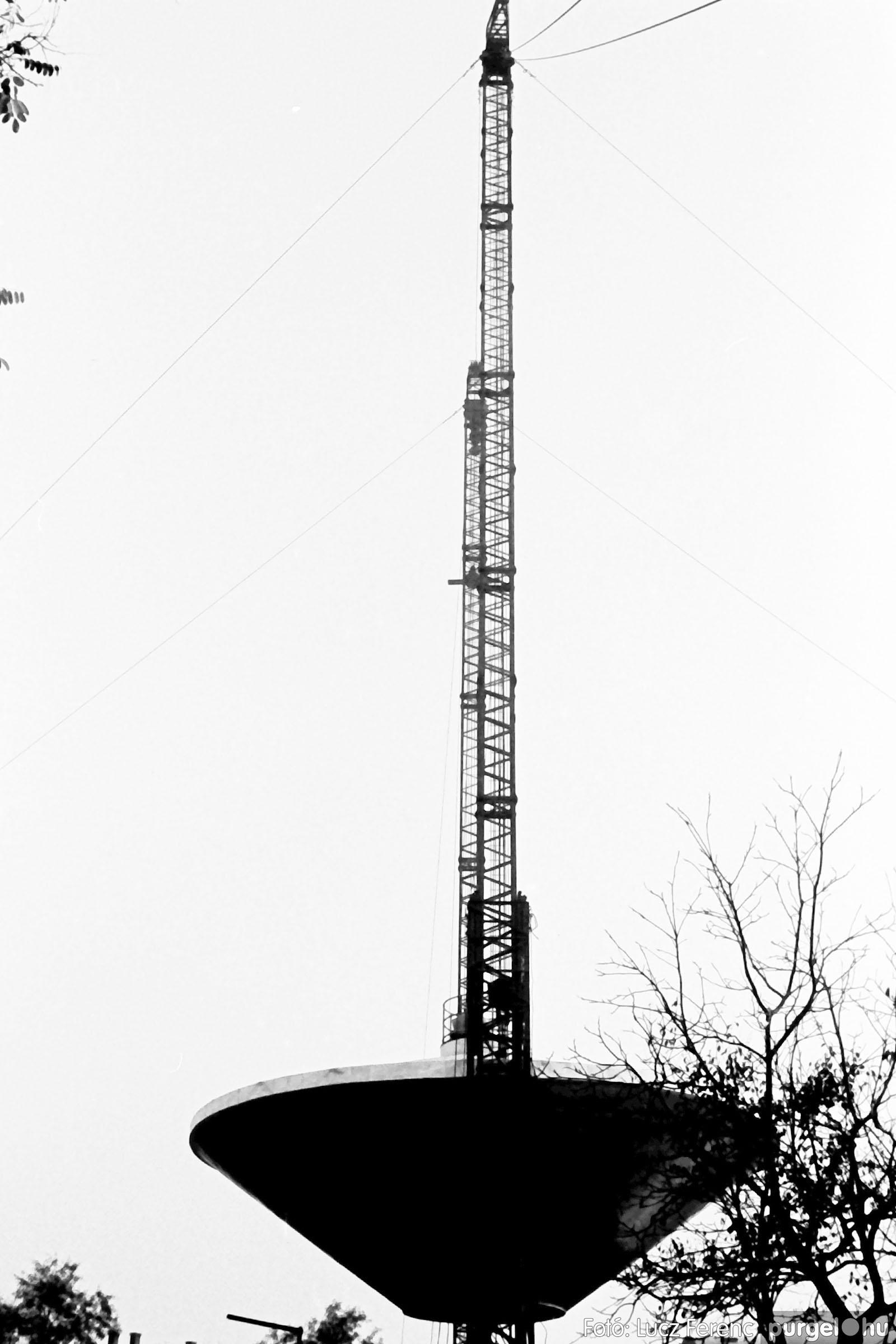 122A. 1978. Épül a víztorony 020. - Fotó: Lucz Ferenc.jpg