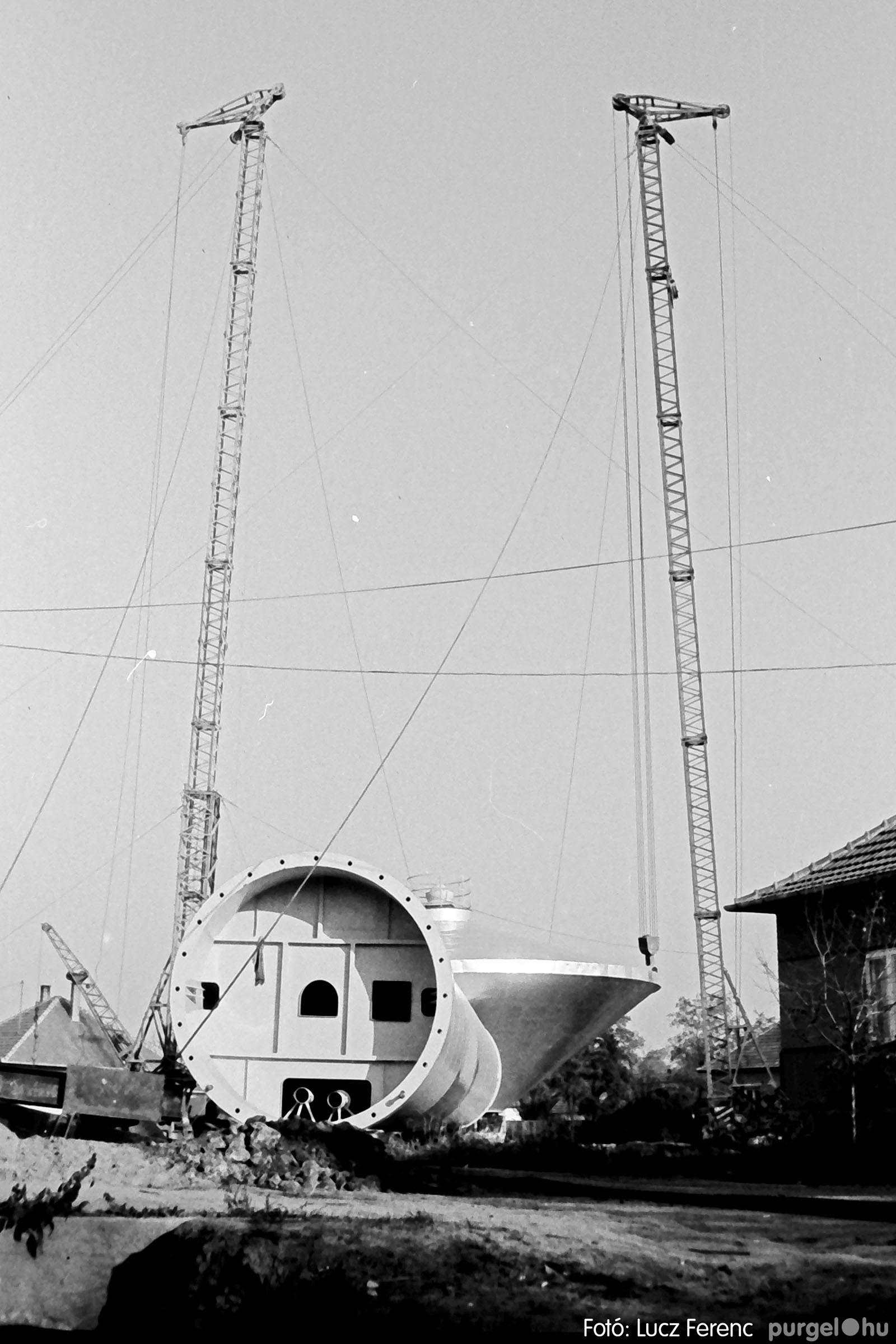 122A. 1978. Épül a víztorony 015. - Fotó: Lucz Ferenc.jpg