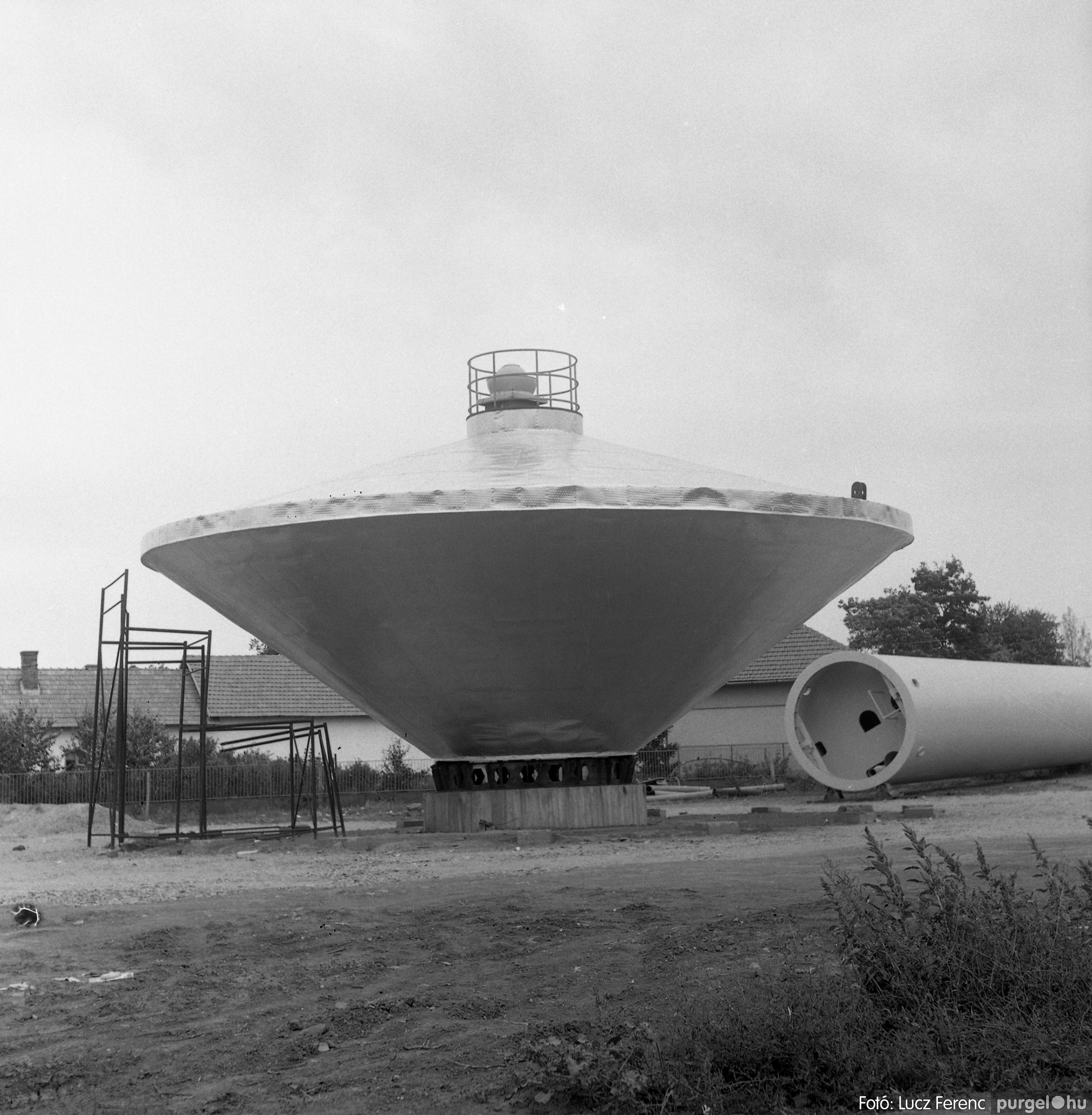 078. 1978. Épül a víztorony 003. - Fotó: Lucz Ferenc.jpg