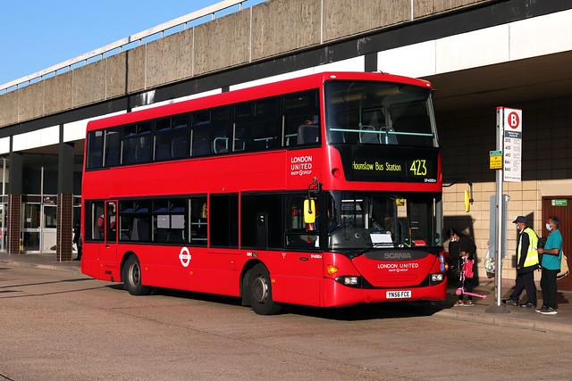 Route 423, London United, SP40004, YN56FCE