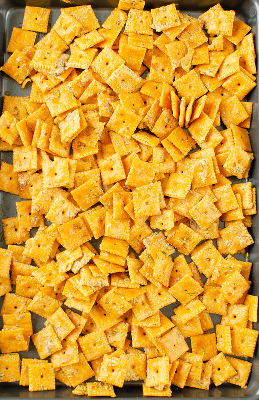 Ranch cheez-its on large baking sheet