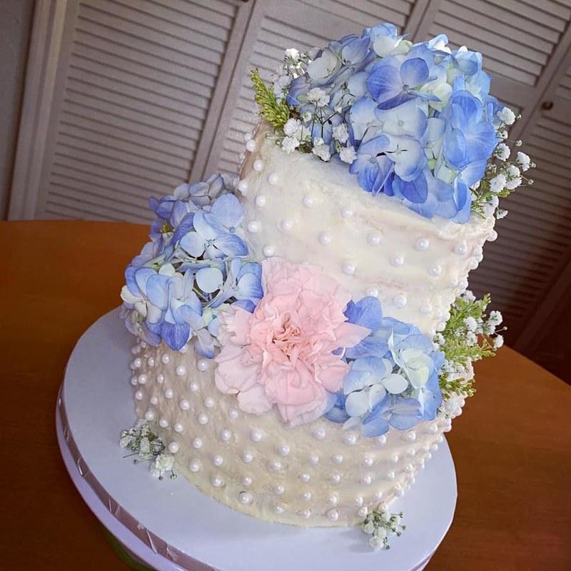 Cake by Priscilla's Pantry Houston