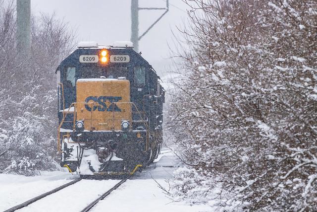 CSX B727 in Taunton