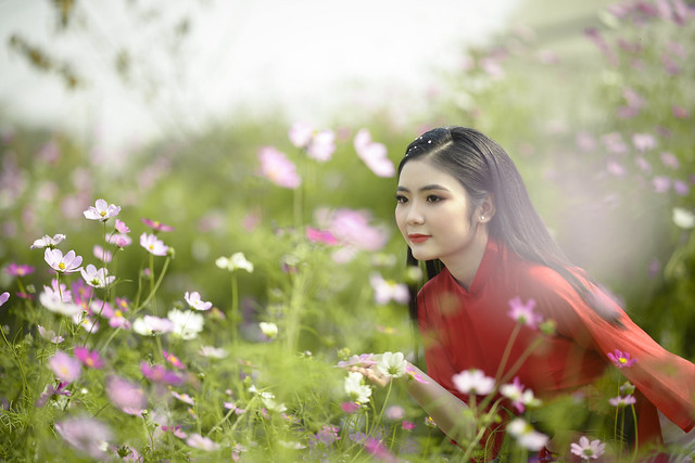 sweet girl in spring time (Explore April 21, 2021)