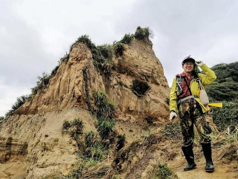 王志堅會長登山行。圖_臺北市大自然戶外健行會 提供