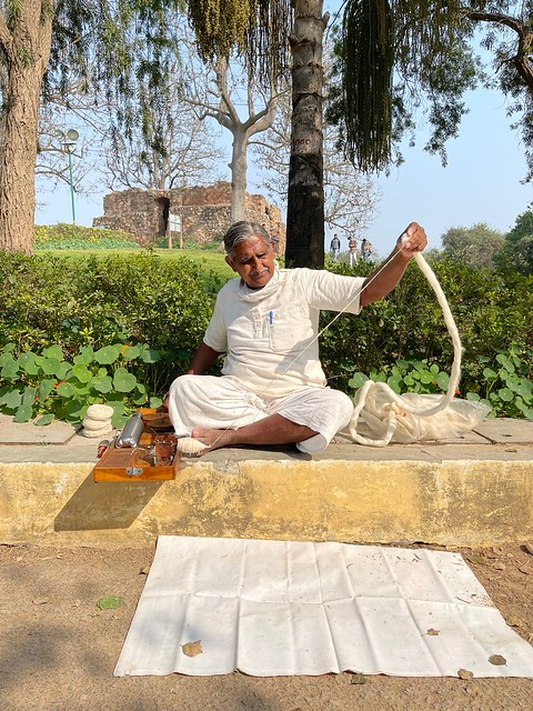 Mission Delhi - Musaddi Lal Gupta, Deer Park769