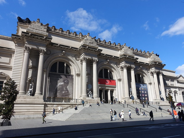 202103029 New York City Upper East Side Met Museum