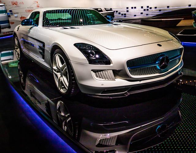 Mercedes-Museum Stuttgart-098