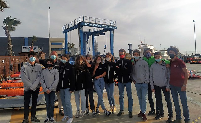 Equipo del Náutico Sevilla en el Nacional de windsurf