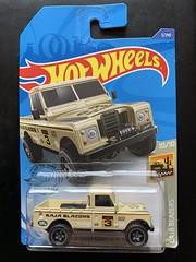 Mattel Hot Wheels - Baja Blazers - Number 10 / 10 - Land Rover Series III Pickup - Miniature Diecast Metal Scale Model Motor Vehicle