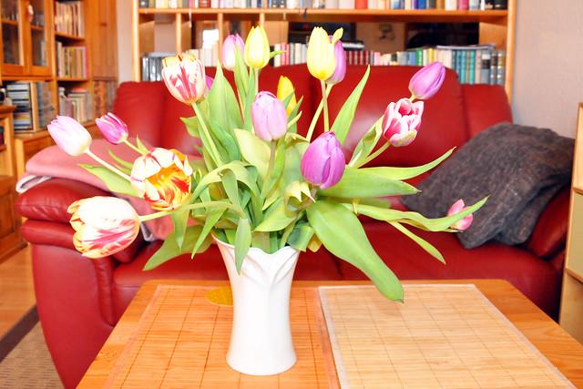 März 2021 ... Bunter Tulpenstrauß zum Geburtstag ... Brigitte Stolle