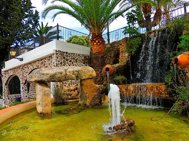 <Fuente del Dolmen> Montecorto (Málaga)