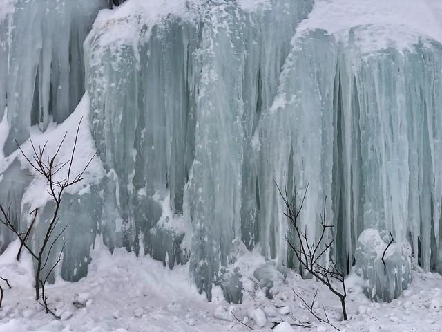 Cascada congelada en Stora Sjofallet (Laponia Sueca)