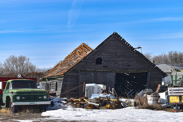 Twin peaks barn
