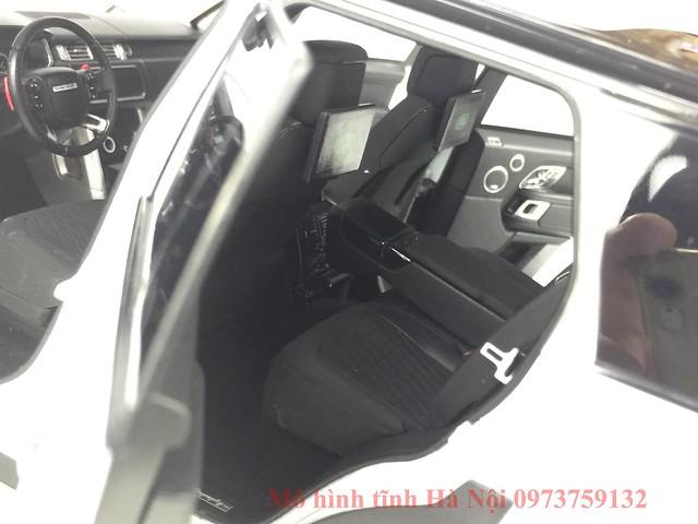 LCD 1 18 Range Rover SV facelift mo hinh o to xe hoi (16)