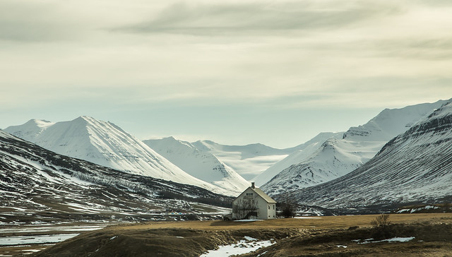 The house and the mountains