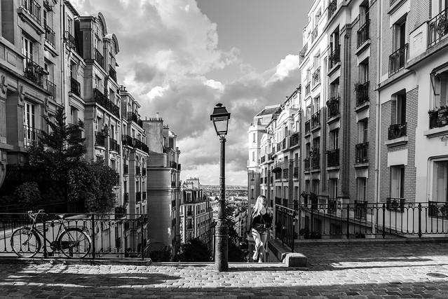 Montmartre street view 2