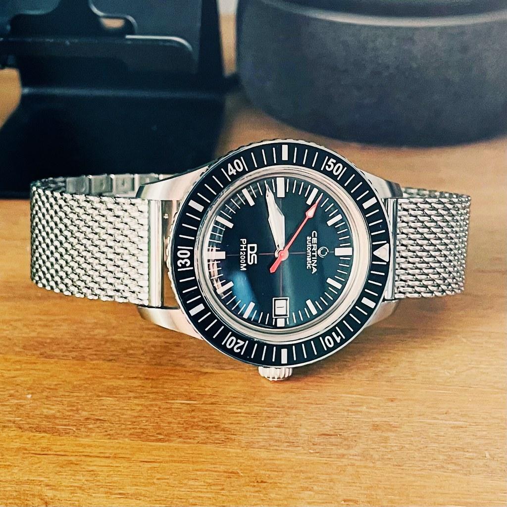 Certina PH200M - Mesh bracelet