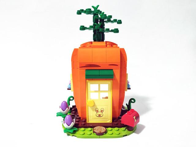 LEGO Seasonal Easter Bunny's Carrot House (40449)