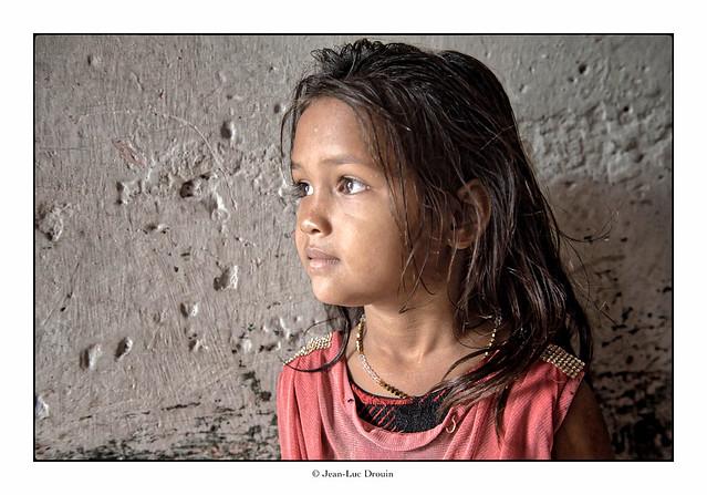 La petite fille du bidonville