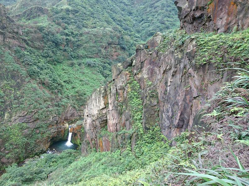 Dagui, Xiaogui, Liaogui Waterfalls and Xiaozhuilu Trail in Rueifang, Taipei. Photo by Acer Lee
