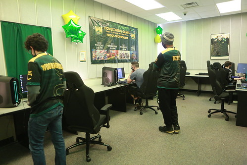 The Esports Training and Research Center (ETARC) will serve as both an interdisciplinary research lab, connecting students to research and internship opportunities, and a training facility to host competitive gaming tournaments.